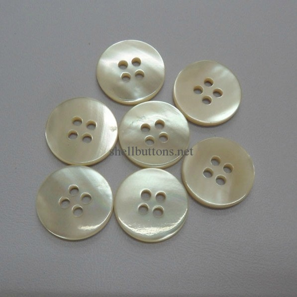 4-holes Trocas shirt buttons without rim plat face