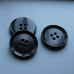 horn suit buttons uk wholesale