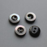 2 holes natural black shell buttons