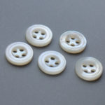 4 holes white mother of pearl shirt buttons